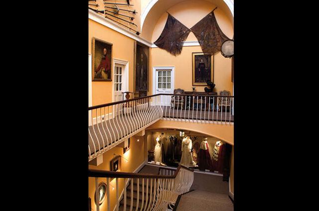 File:Main-stairs.jpg