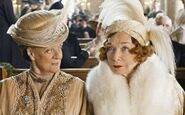 Dowager-Countess-of-Grantham-Maggie-Smith-and-Martha-Levinson-Shirley-MacLaine-at-Lady-Marys-Wedding-on-Downton-Abbey