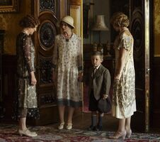 Uktv-downton-abbey-2014-christmas-special-8
