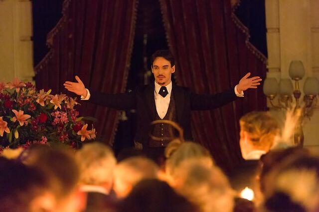 File:Dracula nbcgraysondracula party.jpg
