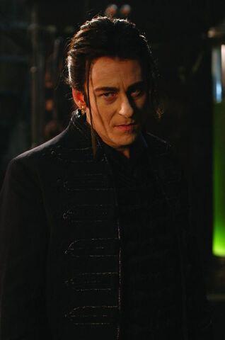 File:Count Dracula (Van Helsing).jpg