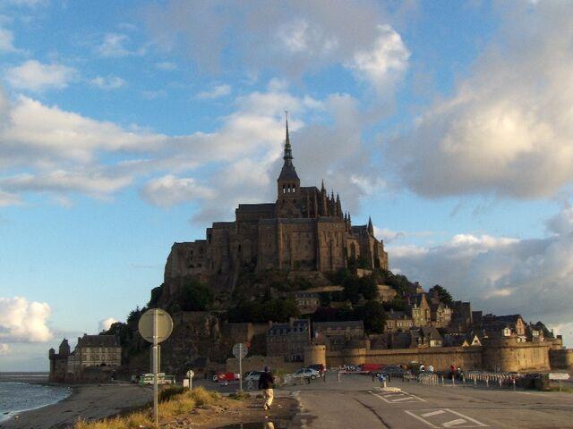 File:Le mont saint michel.jpg