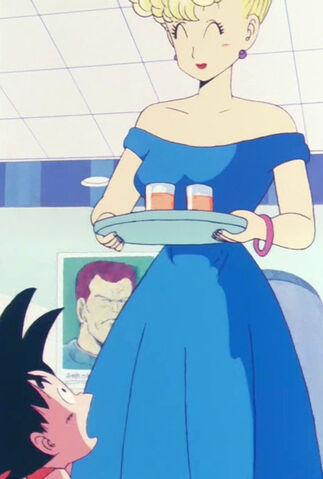 File:Mrs. Brief serving Goku.jpg