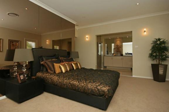 File:Luxury-master-bed-room-ideas-577x383.jpg