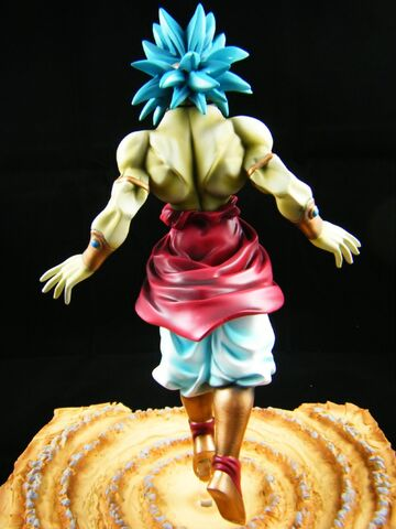 File:Broly resin modelkit b.jpg