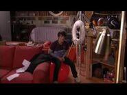 Merry-Christmas-Drake-and-Josh-house 1