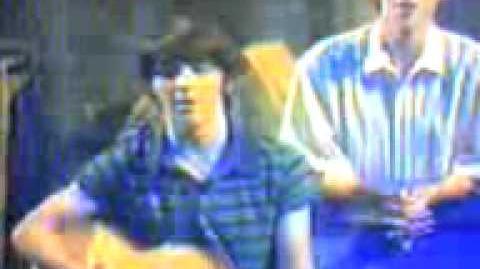 Drake Parker And Nerds Singing (Drake & Josh)