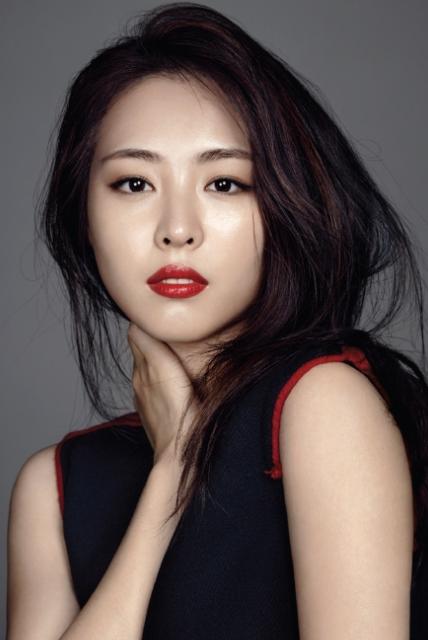 Yeon-hee Lee Nude Photos 96
