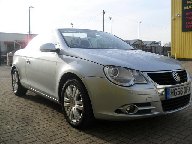 File:Used Volkswagen Eos 2006 Silver Convertible Petrol Manual for Sale in Hampshire UK.jpg