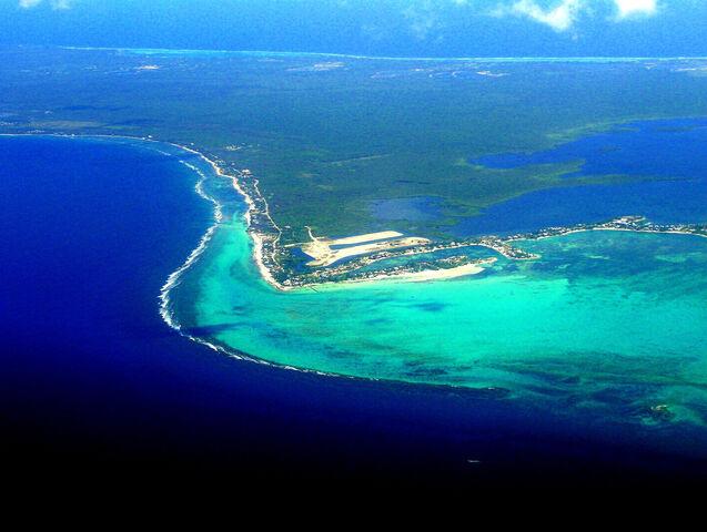 File:Grand-Cayman-Island DX-News ZF2BI.jpg