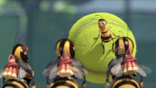 File:Bee-movie-disneyscreencaps com-2013.jpg