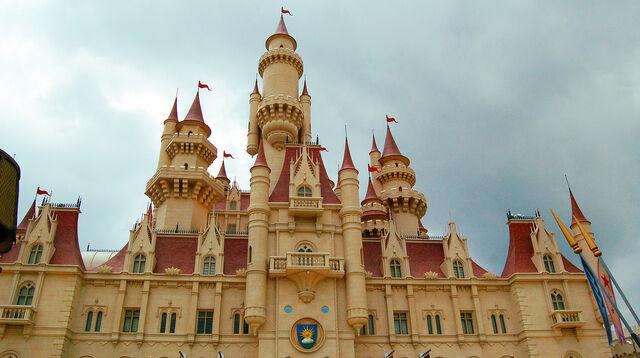 File:Far Far Away Castle.jpg