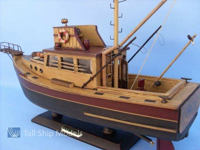 File:855-jaws-orca-wooden-fishing-boat-model.jpg