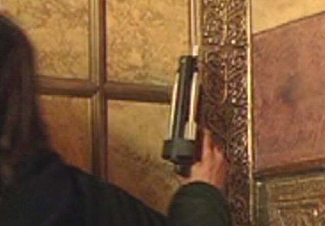 File:Assassin Gun 1.jpg