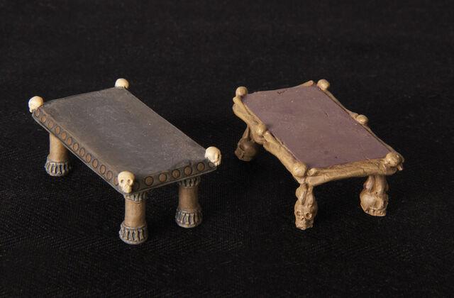 File:MM-048AS Catacomb Set 2 Altar Set.jpg