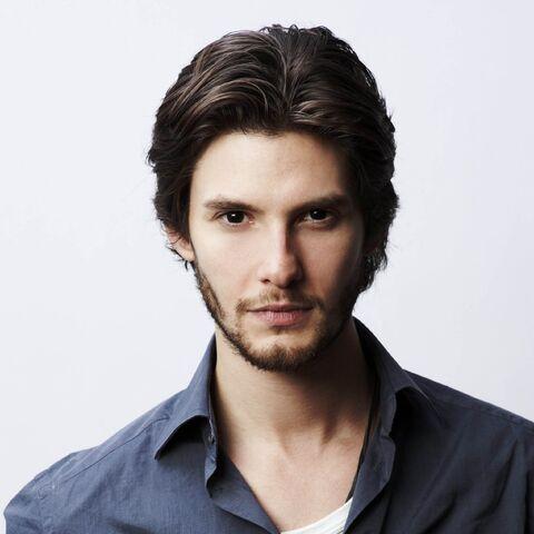 File:Ben-Barnes-Aktor-Brunette-Handsome-Man-2048x2048.jpg
