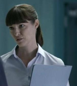 File:Misfits Episode 5 (Series 3) Doctor.jpg