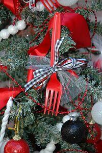 Twilight forks ornament