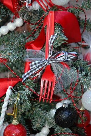 File:Twilight forks ornament.jpg