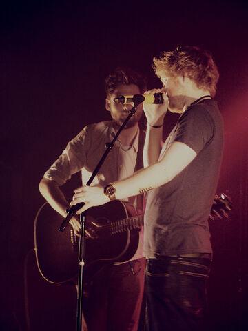 File:Ed Sheeran Passenger.jpg