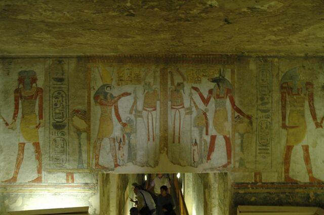 Plik:Valle dei Re tomba di Ramses III.jpg