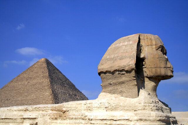 Plik:Sphinx and cheops.jpg