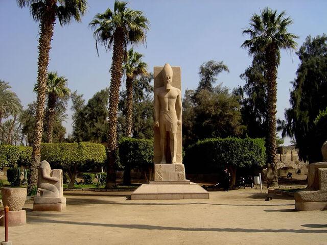 File:Memphis Egypt.jpg