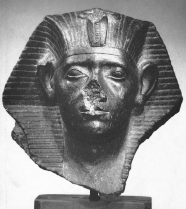 File:Bust of Sesostris III, 12th Dynasty, Gallatin Collection.png
