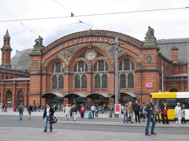Datei:Bremen Hauptbahnhof.jpg