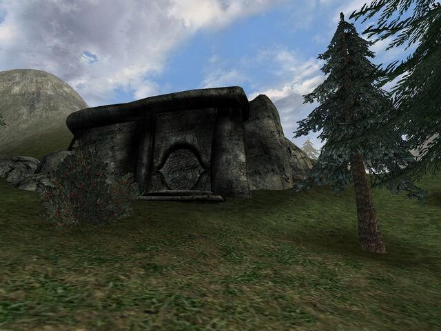 File:Bloodskal Barrow (TESIII).jpg