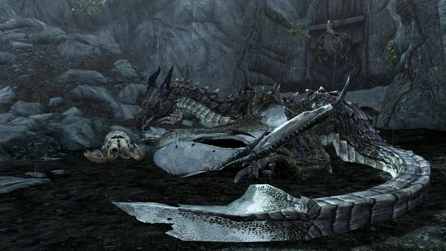 File:Dragon-lying-down.png