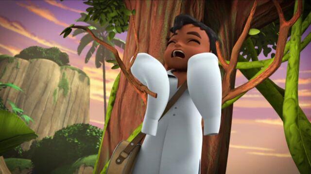 File:Baby Esteban falling from a branch.jpg