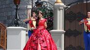Elena Disney Magic Kingdom 2