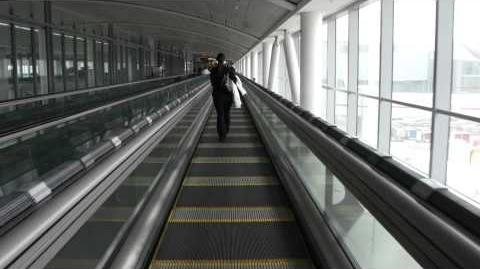 High-Speed moving walkway Toronto airport (YYZ)-0