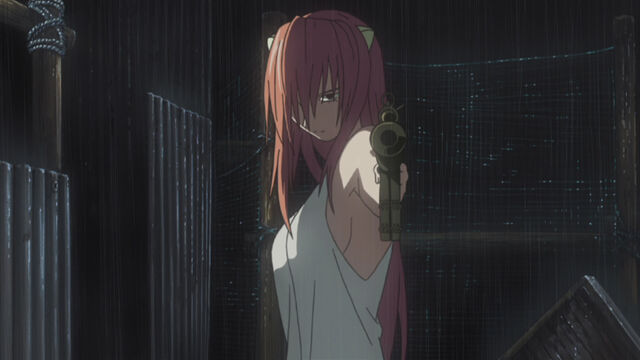File:Lucy with a gun.jpg