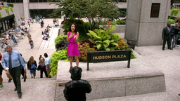 Laura sings at Hudson Plaza