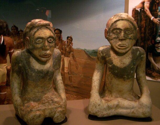 File:Xetowah statues hroe 2007.jpg.pagespeed.ic.4lQ-NaqOj7.jpg