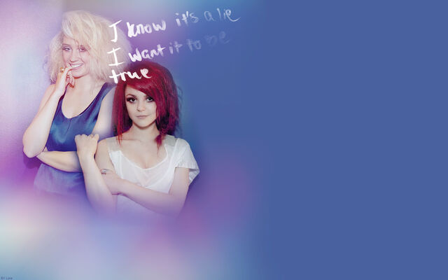 File:Naomily-Wallpapers-naomi-and-emily-12147316-1280-800.jpg