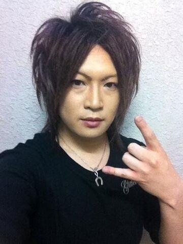 File:Hidenori blog.jpg