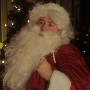 Santa Claus Dis Raps For Hire - Episode 10- Gift Raps For Hire