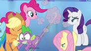 Spike speeds off after Twilight EG
