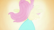 Fluttershy sprouts Pegasus wings EG