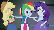 Rainbow breaks up Applejack and Rarity EG2
