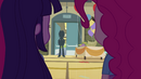 Twilight and Pinkie see Applejack silhouette EG