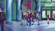 "Sci-Twi ""This school is full of people"" EG3"