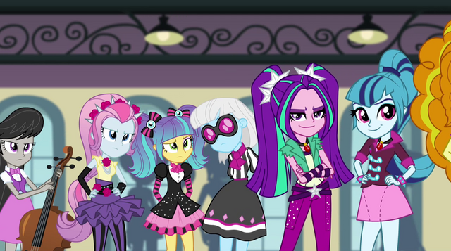Arquivo:Octavia, Photo Finish, and Dazzlings stare at the Rainbooms EG2.png