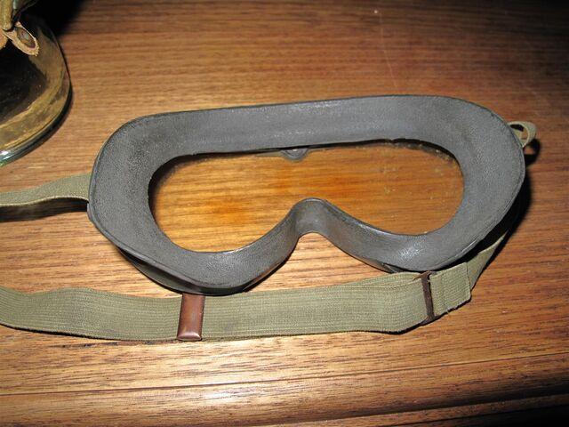 File:M44 goggles 4.JPG