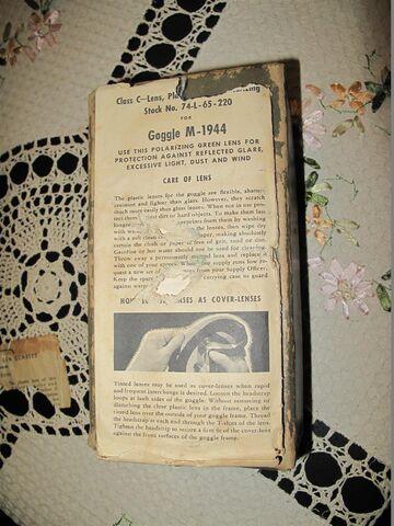 File:M44 goggles manual 2.JPG