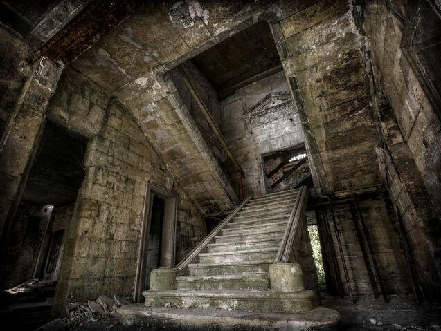 File:The Entrance Hall by fibreciment.jpg