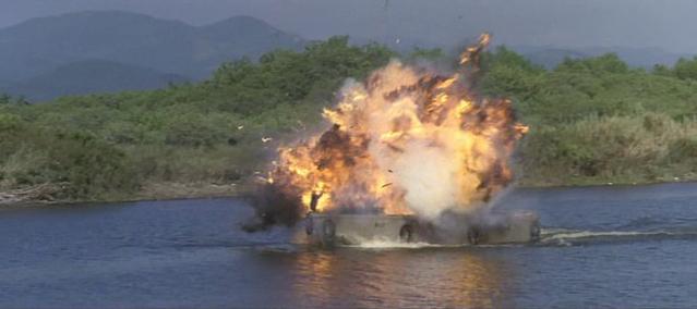 Archivo:80th Vice Desaparecida en Vietnam. 1ª parte. Lanchas II.png